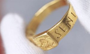 The Roman Ring on display at the VynePhoto source: National Trust